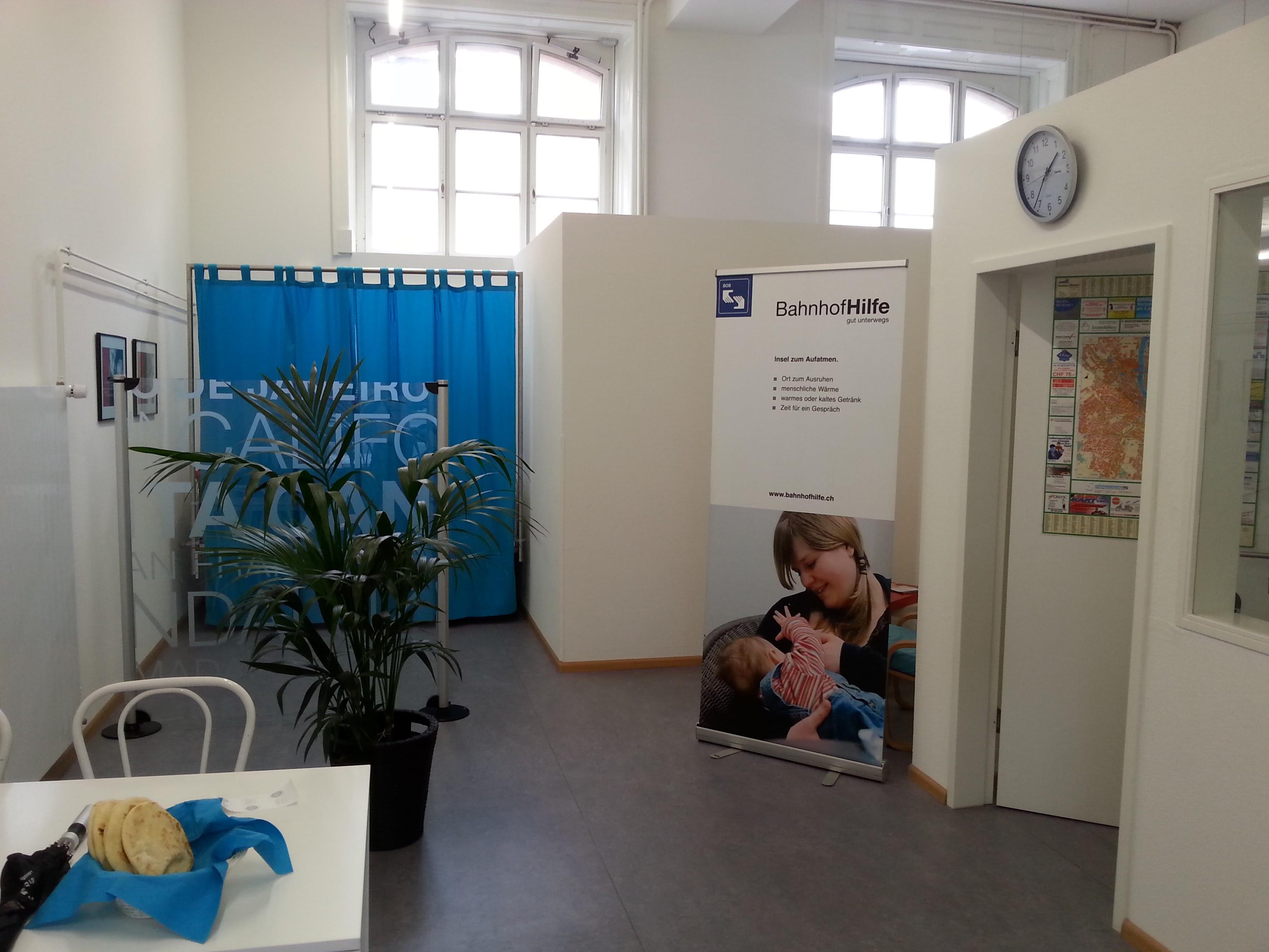 http://www.babyfreundlich.ch/bilder/blog/Babyfreundlich_Bahnhofhilfe2.jpg